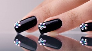 Awesome-HD-Black-Nail-Art-Wallpaper